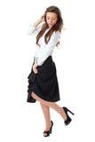 Hembra atractiva en la camisa blanca y la falda negra Fotos de archivo