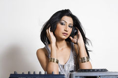 Hembra DJ Imagenes de archivo
