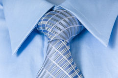 Hemd und Krawatte des Mannes stockfotografie