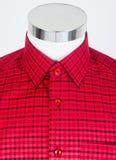 hemden Mannhemden auf Mannequin Lizenzfreies Stockfoto