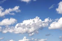 Hemel en wolken royalty-vrije stock afbeeldingen