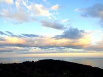 Hemel en wolken met zonstralen Royalty-vrije Stock Afbeelding