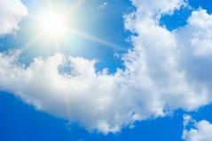 Hemel en zon royalty-vrije stock afbeeldingen