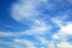 Hemel met wolken stock foto