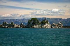 Hemel, water en bergen Stock Afbeeldingen