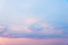 Hemel in zonsondergang Royalty-vrije Stock Afbeeldingen