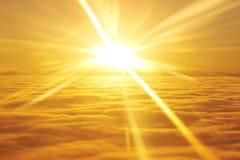 Hemel, zonsondergangzon en wolken Stock Foto's