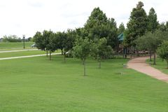 Hemelbeeld voor de Riviergang van Sugar Land Memorial Park en Brazos- stock foto