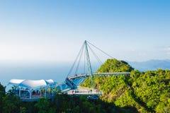 Hemelbrug, mening van kabelwagen, Langkawi Maleisië Toeristische attractie, reis, vakantie en avonturenvakantieconcept De ruimte  stock fotografie