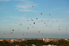 Hemelhoogtepunt van Hete Luchtballons over Bristol England Stock Afbeeldingen
