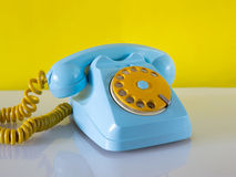 Hemelse en gele traditionele telefoon Royalty-vrije Stock Afbeelding