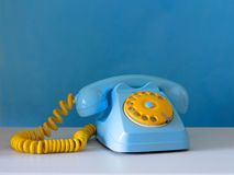 Hemelse en gele traditionele telefoon Stock Afbeelding
