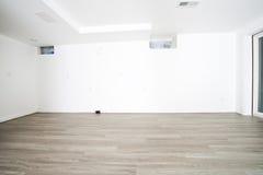 Hemförbättring omdanar, det nya golvet som däckar royaltyfria bilder