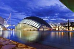 Hemisferic futuristisk byggnad i staden av konster och vetenskaper, Valencia, Spanien, Europa royaltyfri foto