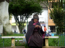Hemlös kvinna Ecuador Royaltyfri Bild