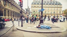Hemlöshet i Paris royaltyfri bild