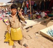 Hemlöst slumkvarterbarn Arkivbild