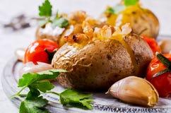 Hemlagad bakad potatis Royaltyfri Foto