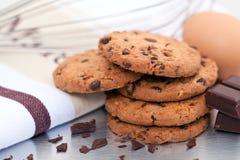 hemlagad chipchokladkaka Arkivbild