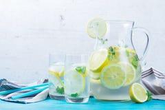 Hemlagad drink för lemonad royaltyfria foton