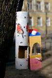 Hemlagad fågelförlagematare Fotografering för Bildbyråer