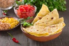 Hemlagad mexikansk tortilla arkivfoto