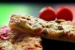 hemlagad pizza Royaltyfri Bild