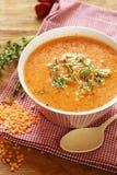 Hemlagad smaklig soppa för röd lins Royaltyfria Foton