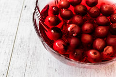 Hemlagade Cherry Compote i den glass bunken/Komposto Royaltyfri Foto