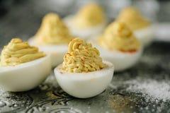 Hemlagade deviled ägg Arkivfoto