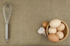 Hemlagade fega ägg Traditionell mat med protein Ägg på tabellen, matförberedelse Royaltyfria Foton