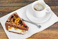 Hemlagade kakor: Curd Jelly Cake på plattan Arkivfoto