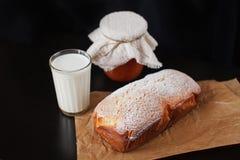 Hemlagade kakor för frukost royaltyfri foto