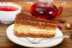 Hemlagade kakor: Poppy Filling Cake på plattan Arkivfoto
