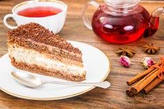 Hemlagade kakor: Poppy Filling Cake på plattan Royaltyfri Bild