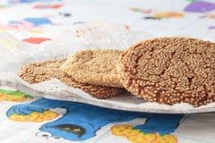 Hemlagade kakor sesam och honung Fotografering för Bildbyråer