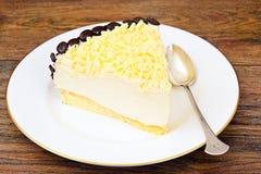 Hemlagade kakor: Vana Tallin Cake på plattan Arkivbilder