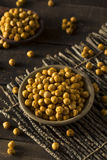 Hemlagade kryddiga rimmade bakade kikärtar Arkivfoto