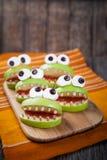 Hemlagade läskiga halloween ätliga monster för Arkivbild