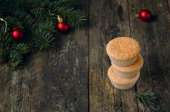 Hemlagade muffin för jul Royaltyfri Bild