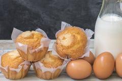 Hemlagade och fluffiga muffin Royaltyfri Bild