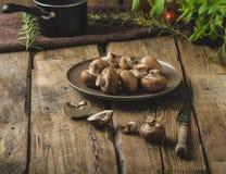 Hemlagade organiska champinjoner Royaltyfria Foton