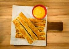 Hemlagade ostliknande Breadsticks Royaltyfri Fotografi