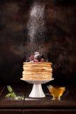 hemlagade pannkakor fotografering för bildbyråer