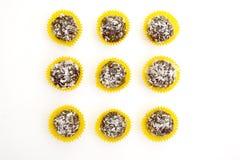 Hemlagade rå bonbons royaltyfria bilder