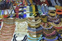 Hemlagade smycken royaltyfria bilder