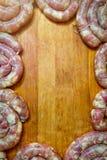 Hemlagade vita svin för korv ut och kalvkött royaltyfria foton