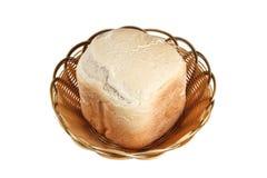 Hemlagat bröd i korg Royaltyfri Fotografi