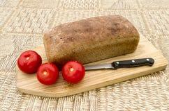 Hemlagat bröd med tomaten Royaltyfri Foto