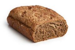 Hemlagat bröd som göras med hel-vete mjöl arkivbilder